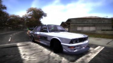 BMW M5 E28 JPRacing livery